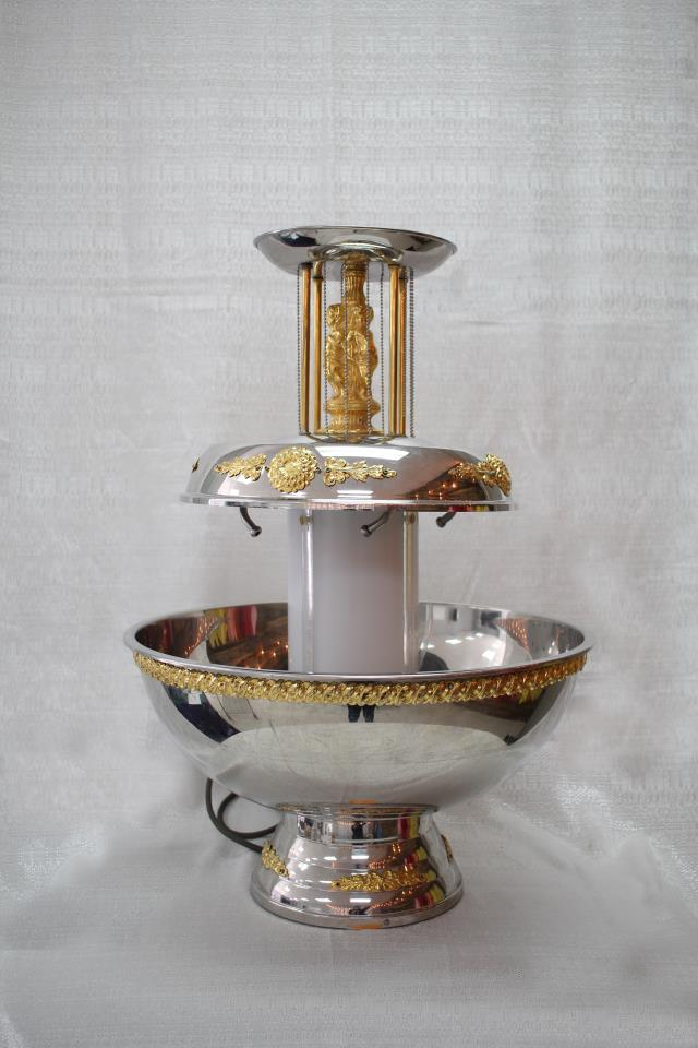 Where to find FOUNTAIN, 7 GAL W GOLD TRIM in Cary